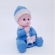 Figurina bebelus baietel cu calut