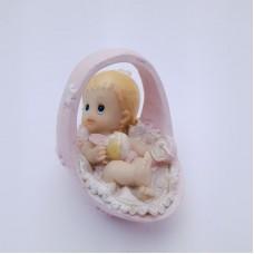 Figurina bebelus fetita in cos