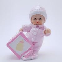 Figurina bebelus fetita cu cub